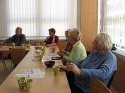 foto - Čaj o třetí - setkání seniorů - květen