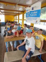 foto - Královské zrcadlení Hodonín - Holíč 2011 - Pohádky na mostě